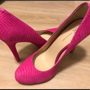 INC hot pink snakeskin heels in good condition!